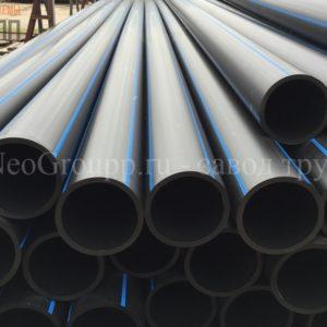 Труба ПНД 355 (20,1) вода отрезки ПЭ100 SDR17.6 от завода труб НеоГрупп. Купить трубу из полиэтилена диаметром 355мм., с толщиной стенки 21,1мм.