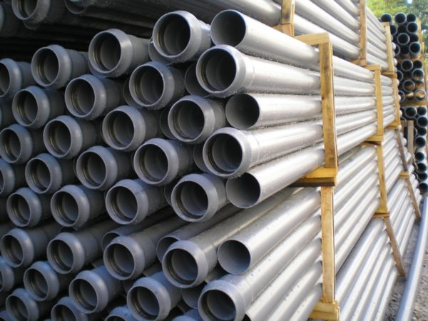 Напорные трубы нПВХ с раструбом с резиновым кольцом D110мм.