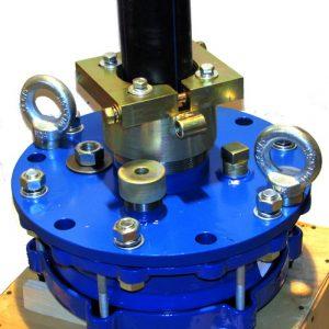 Оголовок скважинный обжимной герметичный с проходной муфтой под полиэтиленовые трубы большого диаметра ОГВ-375.000.00-3