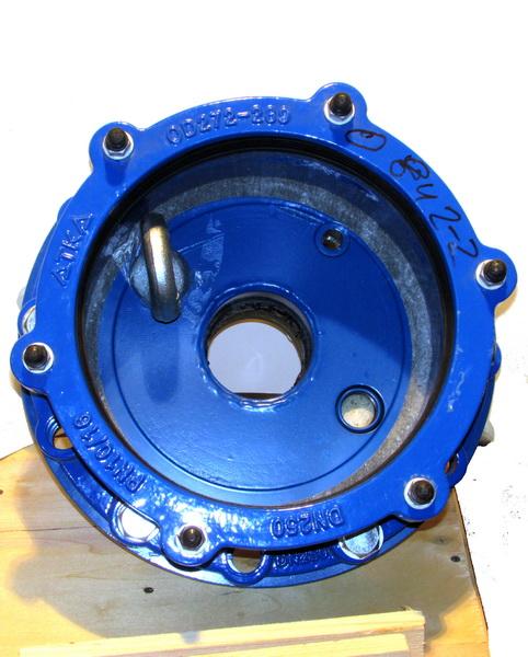 Оголовок скважинный обжимной герметичный с проходной муфтой под полиэтиленовые трубы большого диаметра ОГВ-375.000.00-8